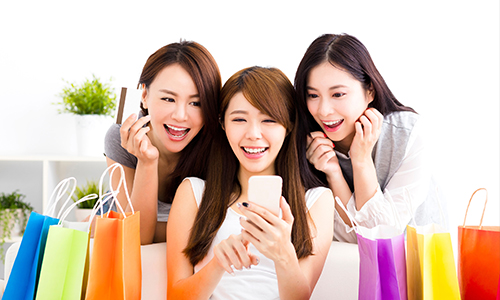 Shop online in a convenient way. You can enjoy Interest-free Instalment Plan and use Cash Dollars as instant cash at selected Online Designated Merchants with Hang Seng Credit Card.